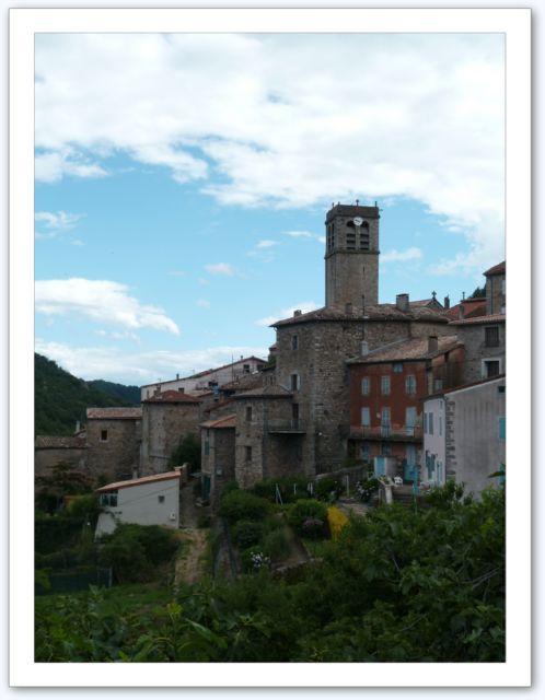 Entraigues, visite du village de Jean Ferrat...